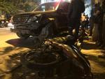 Nữ tài xế lái Lexus tông 7 xe máy ở Hà Nội