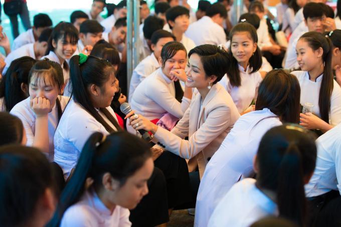 Sau top 5 Miss Universe, fan quốc tế kỳ vọng HHen Niê chinh chiến Miss World vì tin chắc mỹ nhân Ê Đê sẽ đoạt vương miện-10