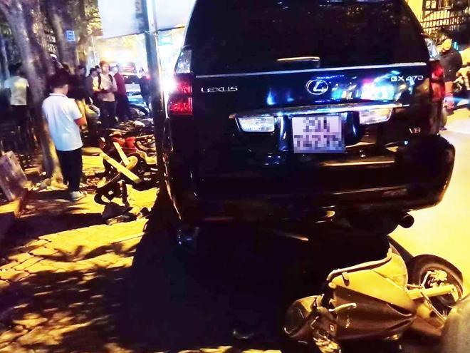 Nữ lái xe Lexus gây tai nạn liên hoàn trên phố Trích Sài có nồng độ cồn cao-2