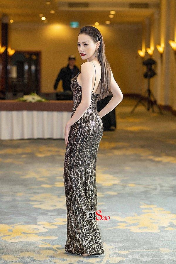 Hoa hậu bình dân HHen Niê đụng hàng liên tiếp với gái ngành Quỳnh búp bê Phương Oanh và Ái Phương-4