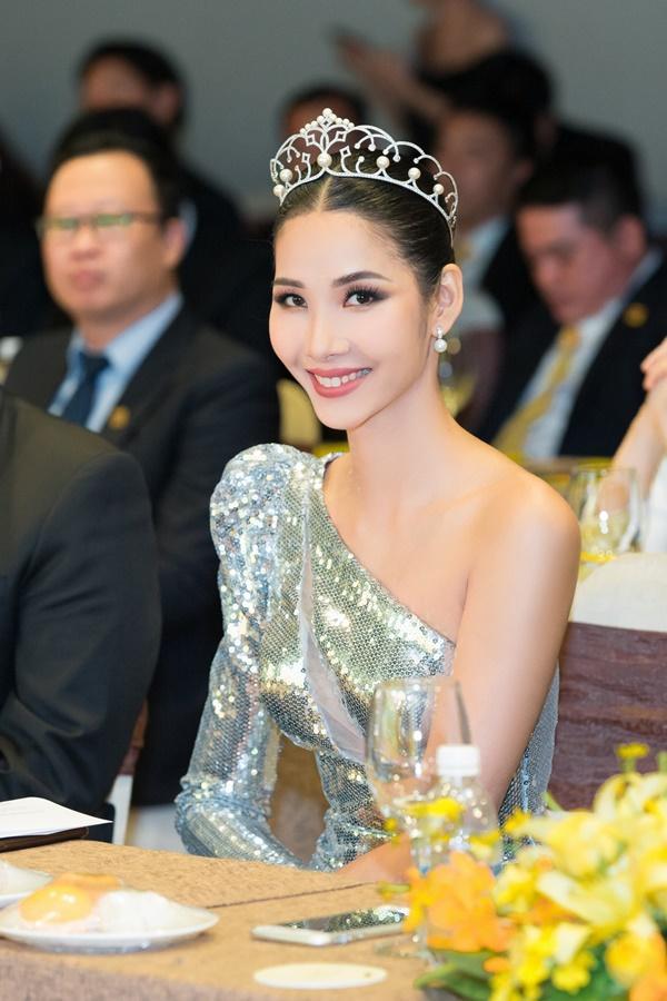 Hoàng Thùy: Nếu được thi Miss Universe 2019, thành tích của HHen Niê là sự may mắn cho tôi-1