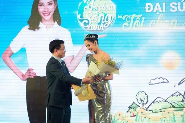 Hoàng Thùy: Nếu được thi Miss Universe 2019, thành tích của HHen Niê là sự may mắn cho tôi-2