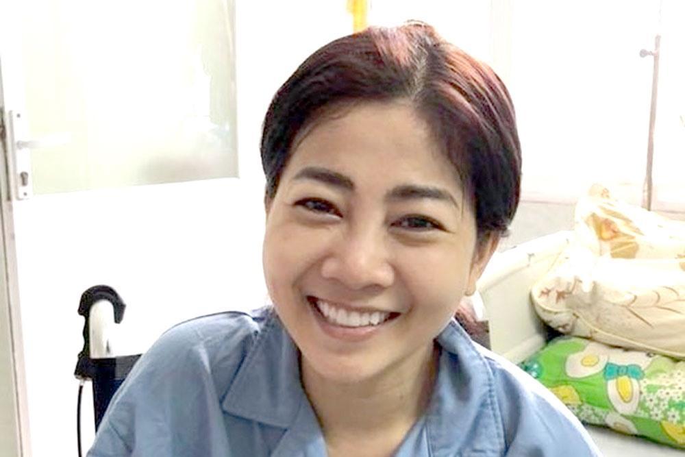 Mai Phương cười rạng rỡ đi diễn tỉnh sau 3 tháng điều trị ung thư phổi-1