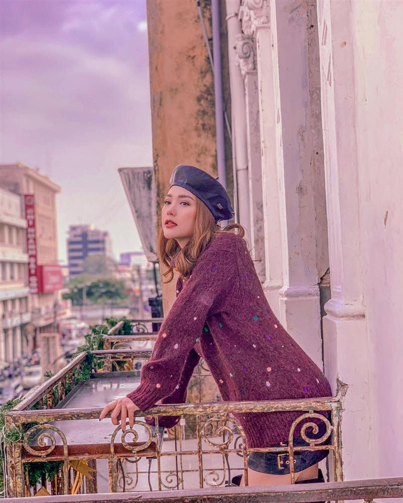 STREET STYLE sao Việt: Thanh Hằng diện áo tắm nóng bỏng - Hòa Minzy níu giữ thanh xuân với style học sinh-3