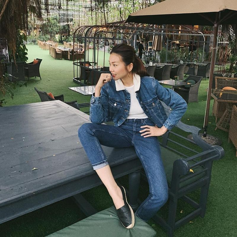 STREET STYLE sao Việt: Thanh Hằng diện áo tắm nóng bỏng - Hòa Minzy níu giữ thanh xuân với style học sinh-5