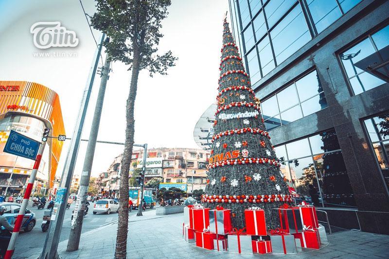 Những địa điểm check-in Noel không thể bỏ qua ở Hà Nội-4