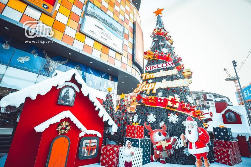 Những địa điểm check-in Noel không thể bỏ qua ở Hà Nội-6