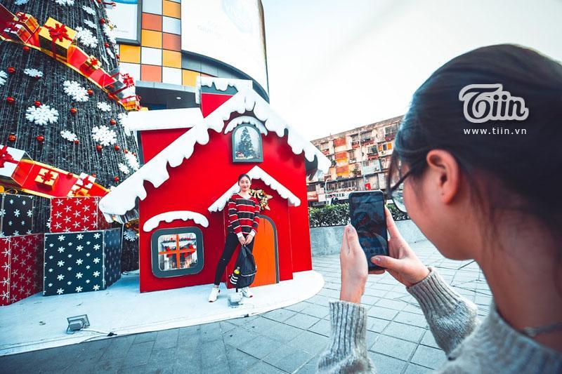 Những địa điểm check-in Noel không thể bỏ qua ở Hà Nội-7