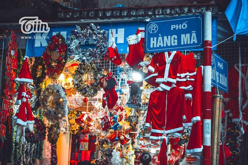 Những địa điểm check-in Noel không thể bỏ qua ở Hà Nội-16