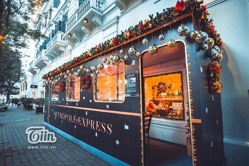 Những địa điểm check-in Noel không thể bỏ qua ở Hà Nội-22