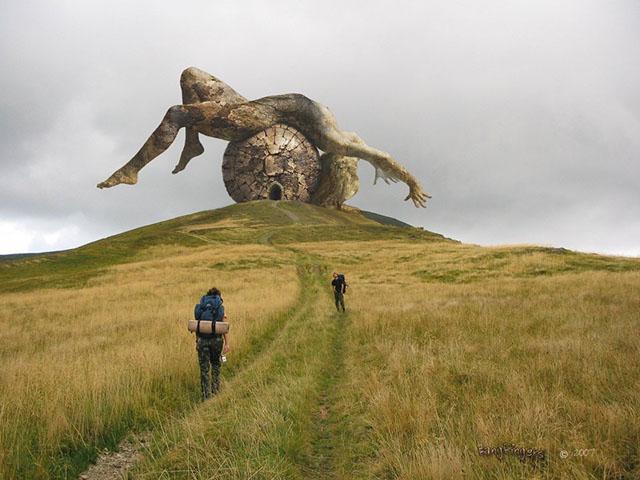 Bức tượng người phụ nữ khỏa thân và bí mật xung quanh thung lũng tình yêu-2