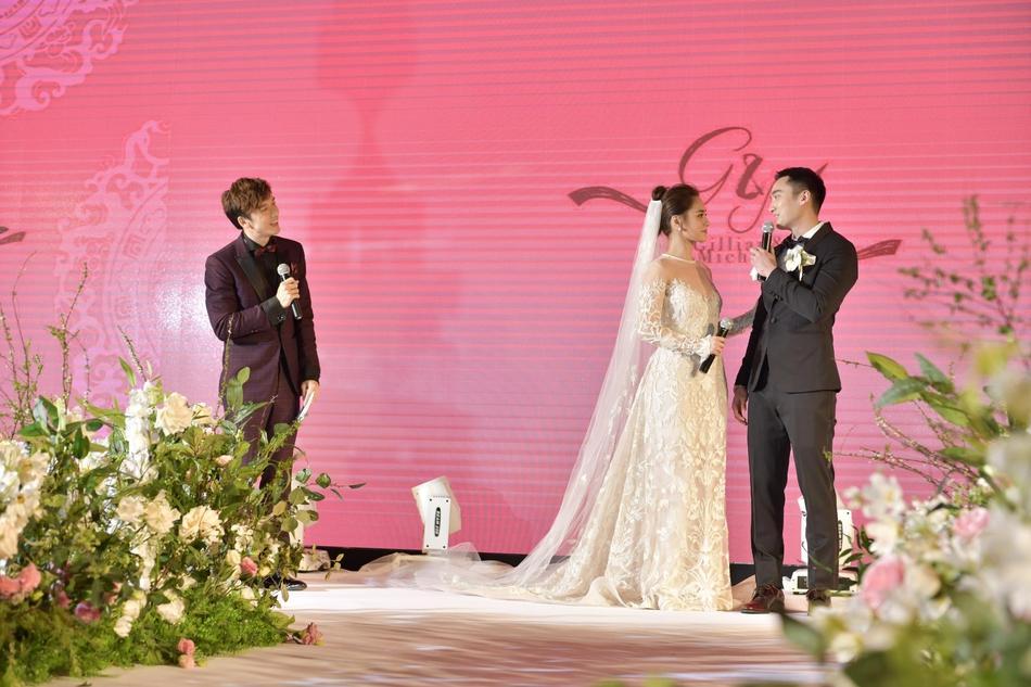 Chung Hân Đồng tiết lộ bộ ảnh cưới chụp dưới nước đẹp như mỹ nhân ngư hiếm ai sánh bằng-10