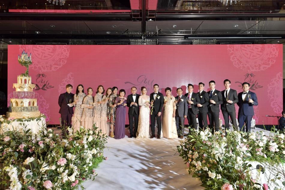 Chung Hân Đồng tiết lộ bộ ảnh cưới chụp dưới nước đẹp như mỹ nhân ngư hiếm ai sánh bằng-11