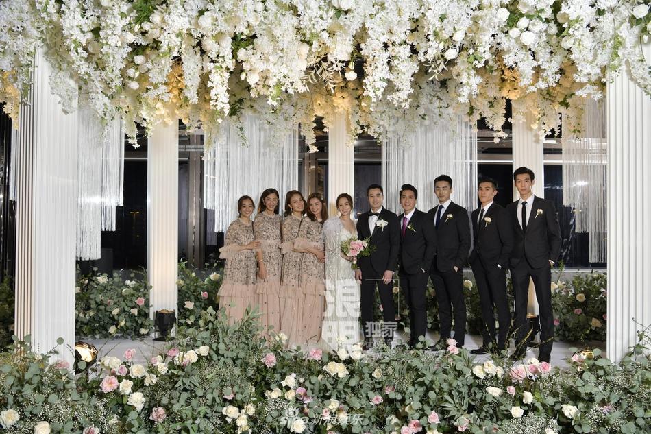Chung Hân Đồng tiết lộ bộ ảnh cưới chụp dưới nước đẹp như mỹ nhân ngư hiếm ai sánh bằng-13