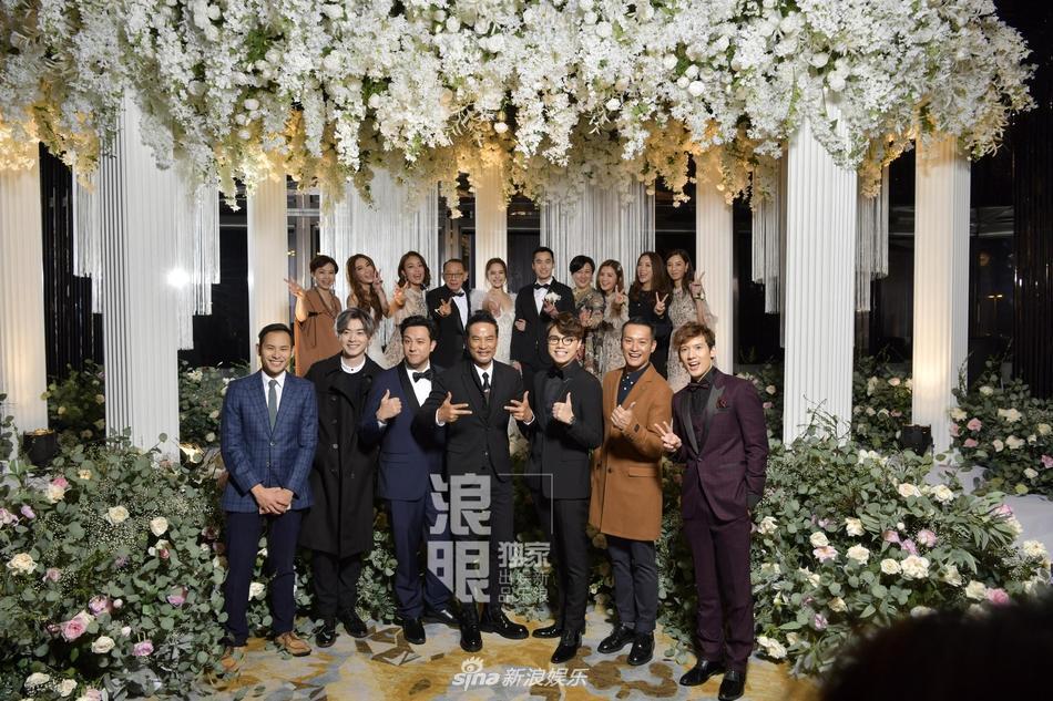 Chung Hân Đồng tiết lộ bộ ảnh cưới chụp dưới nước đẹp như mỹ nhân ngư hiếm ai sánh bằng-15