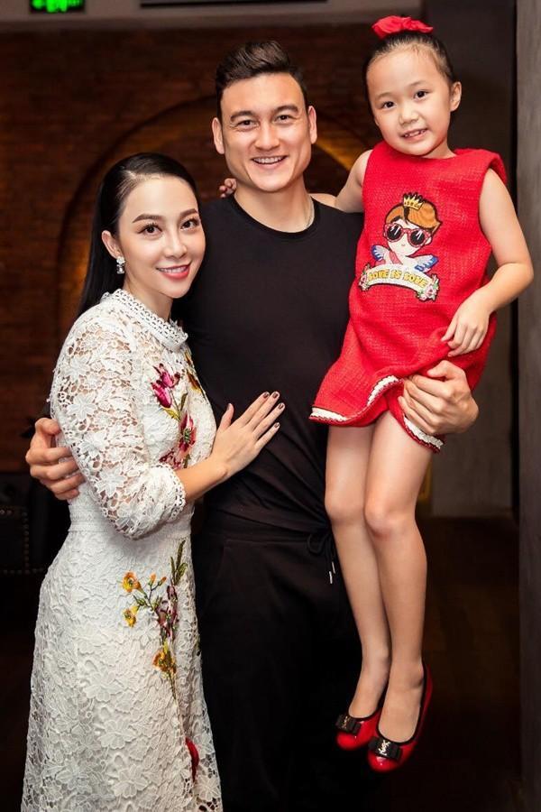 Thủ môn Đặng Văn Lâm được mời gọi tham gia showbiz, chị họ Đặng Linh Nga khuyên: Hãy từ chối và chuyên tâm bắt bóng-3