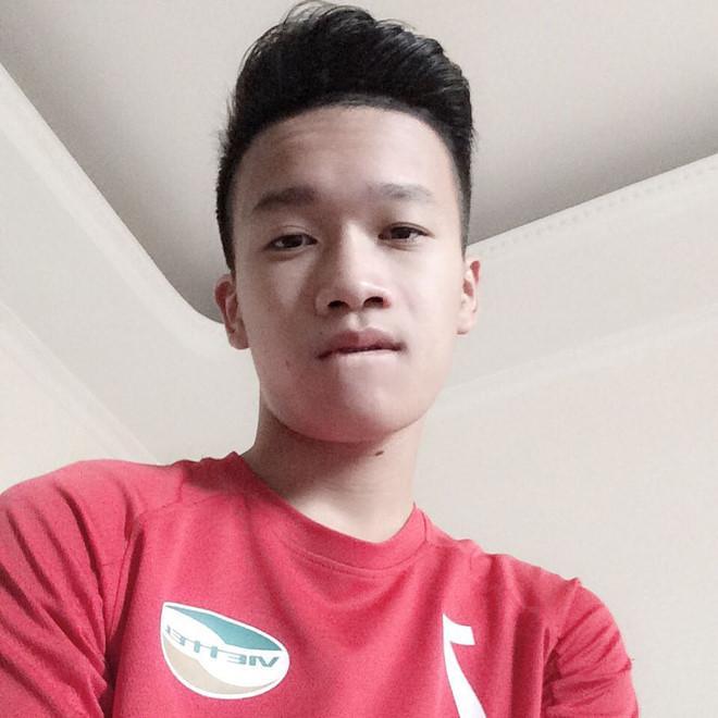 Tân binh tuyển Việt Nam cao 1,83 m, được dân mạng khen đẹp trai-10