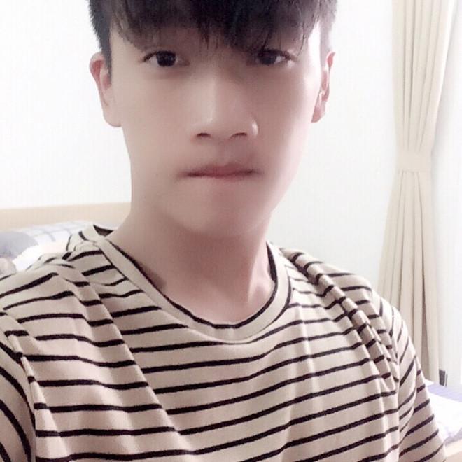 Tân binh tuyển Việt Nam cao 1,83 m, được dân mạng khen đẹp trai-11