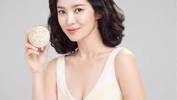 Lần hiếm hoi Song Hye Kyo khoe vòng 1 đẫy đà khi chụp bộ ảnh quảng cáo mới