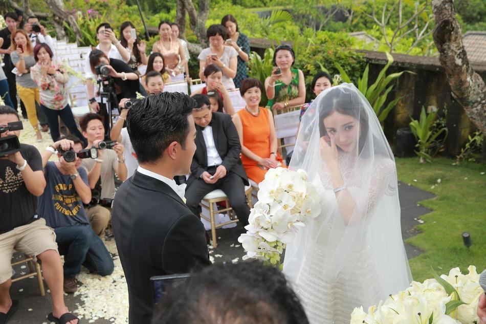 Dương Mịch - Lưu Khải Uy: Hôn nhân lung lay gốc rễ đã báo trước cái kết không có hậu-3
