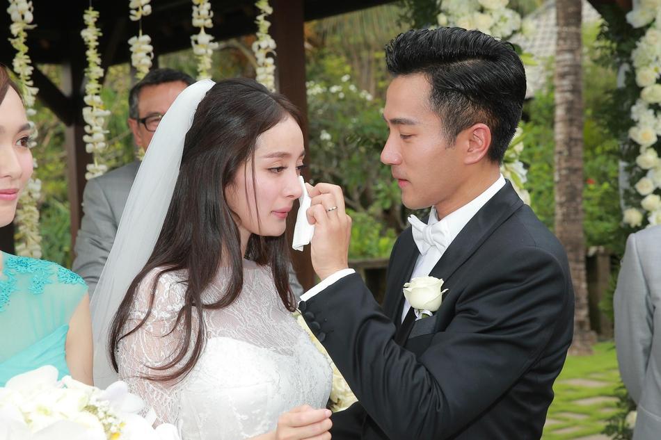 Dương Mịch - Lưu Khải Uy: Hôn nhân lung lay gốc rễ đã báo trước cái kết không có hậu-4