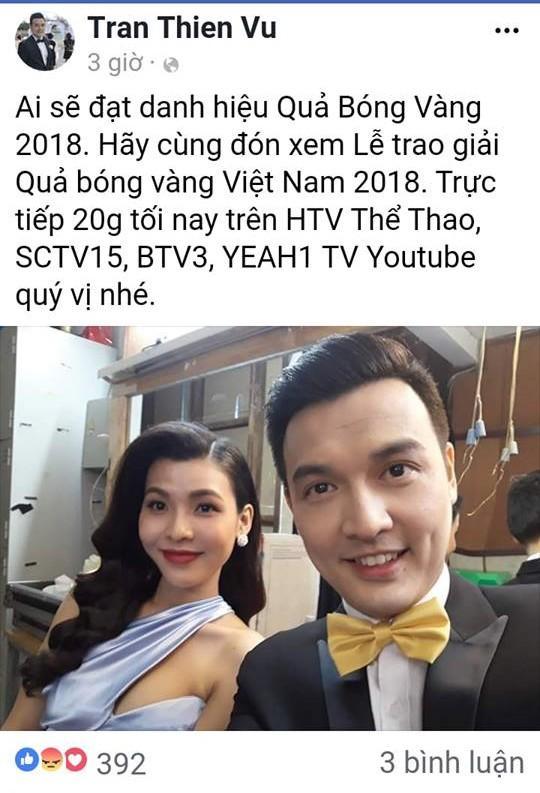 Nữ MC bị chỉ trích kém duyên vì liên tục làm dàn cầu thủ sượng mặt tại Quả Bóng Vàng 2018 hóa ra là bạn gái cũ Mr Cần Trô-2