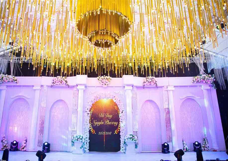 Thêm một siêu đám cưới tiền tỷ ở Hưng Yên: Rạp cưới rộng 3.000m2, mời cả DJ - ca sĩ nổi tiếng về biểu diễn-1