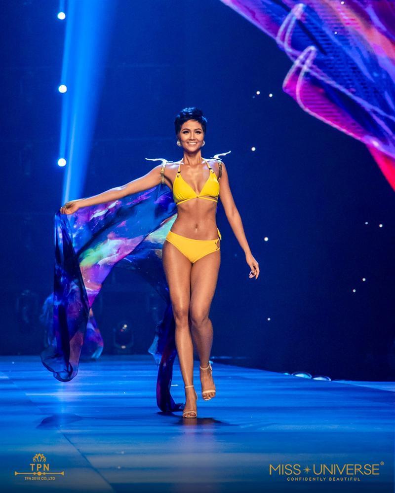 Đằng sau chiến lược hàng tỷ đồng đưa HHen Niê vào Top 5 Miss Universe-3