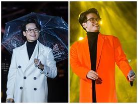 Khán giả xếp hàng, đội ô giữa trời mưa lạnh để được nghe Hà Anh Tuấn kể chuyện tình