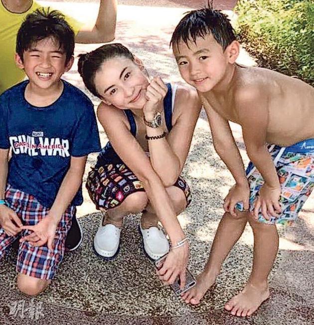Rộ tin Tạ Đình Phong chia tay Vương Phi, quay lại với vợ cũ sau khi biết Trương Bá Chi sinh con thứ 3-8