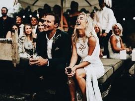 Đàn bà dại chỉ muốn lấy chồng giàu, phụ nữ thông minh tìm người thế này để yêu