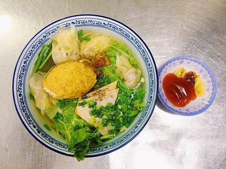 Xe cháo vỉa hè, quán mì gốc Hoa có thâm niên lâu năm ở Sài Gòn-2