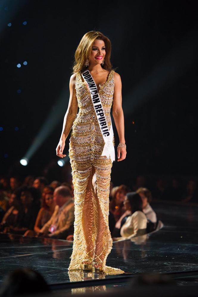 GIẬT MÌNH: Chỉ 3 năm sau Miss Universe 2015, bạn thân Hoa hậu Phạm Hương từ quý cô mỹ miều trở thành quý bà mỡ màng-4