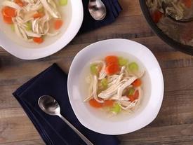 Clip: Bí kíp làm nhanh món súp gà ấm lòng mùa đông