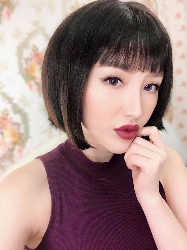 Loạt mỹ nhân Việt chẳng có họ hàng mà giống hệt chị em bởi đôi môi tều y chang từ một khuôn đúc-10