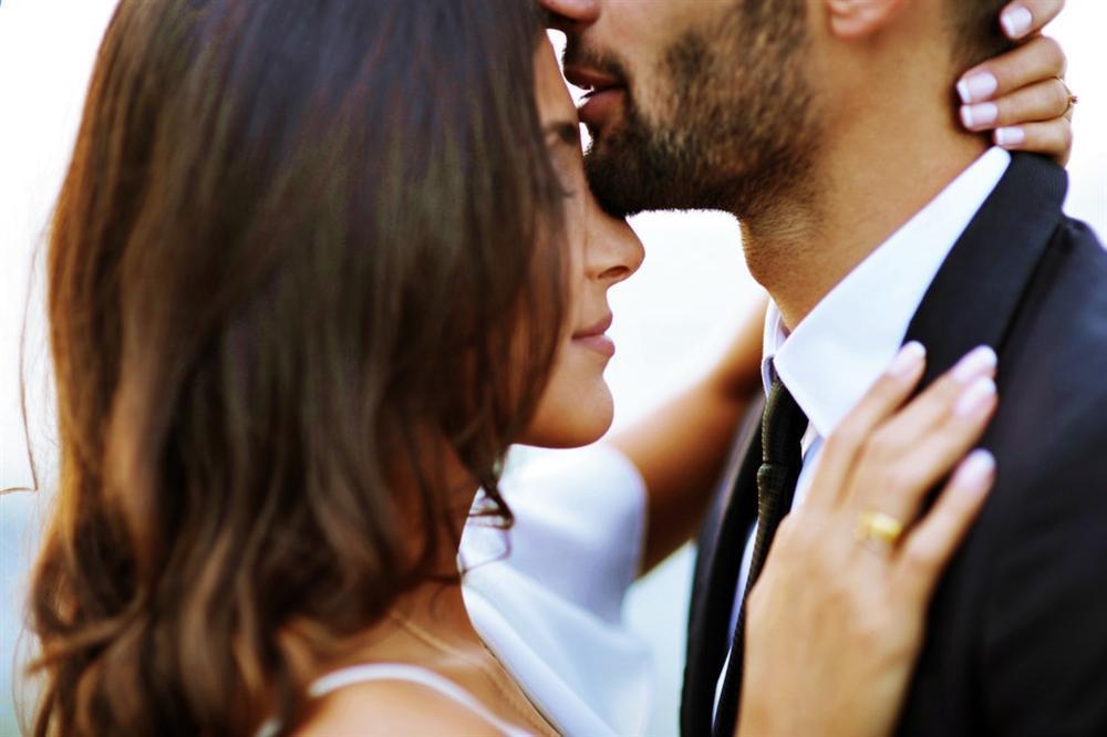 4 biểu hiện cho thấy người phụ nữ đó yêu bạn vô cùng sâu đậm-1