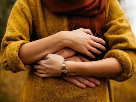 4 biểu hiện cho thấy người phụ nữ đó yêu bạn vô cùng sâu đậm