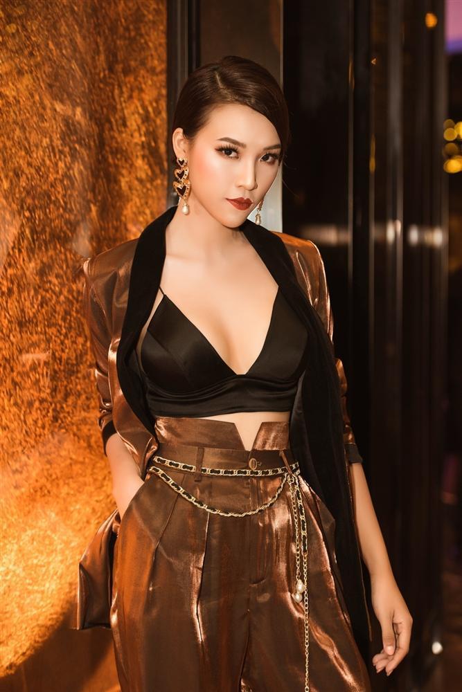 MAKE OVER chút thôi mà Diva Hồng Nhung - Phương Khánh - Hòa Minzy khiến fan hốt hoảng không nhận ra-8