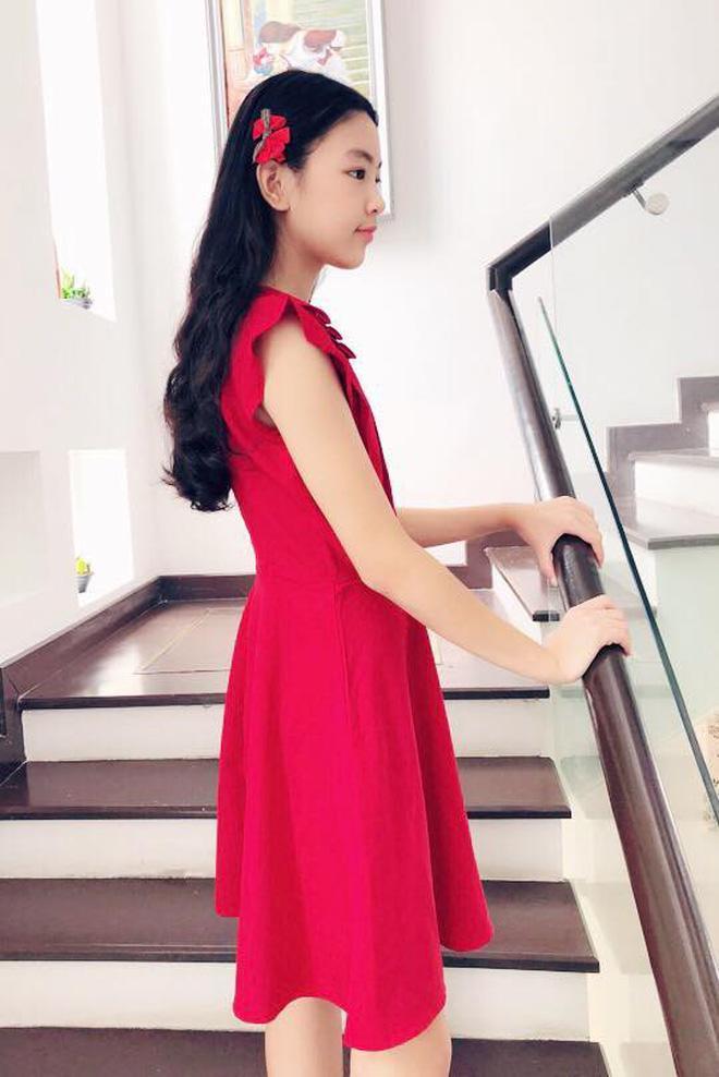 Mới 13 tuổi, con gái MC Quyền Linh được dự đoán sẽ trở thành Hoa hậu vì quá xinh đẹp-7