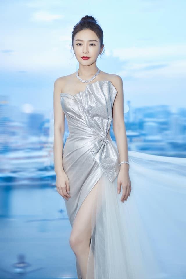 MAKE OVER chút thôi mà Diva Hồng Nhung - Phương Khánh - Hòa Minzy khiến fan hốt hoảng không nhận ra-10