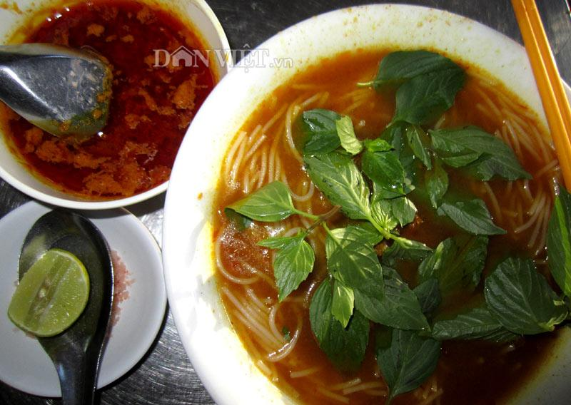 Bún bò cay, bánh củ cải nổi tiếng ở quê hương công tử Bạc Liêu-1