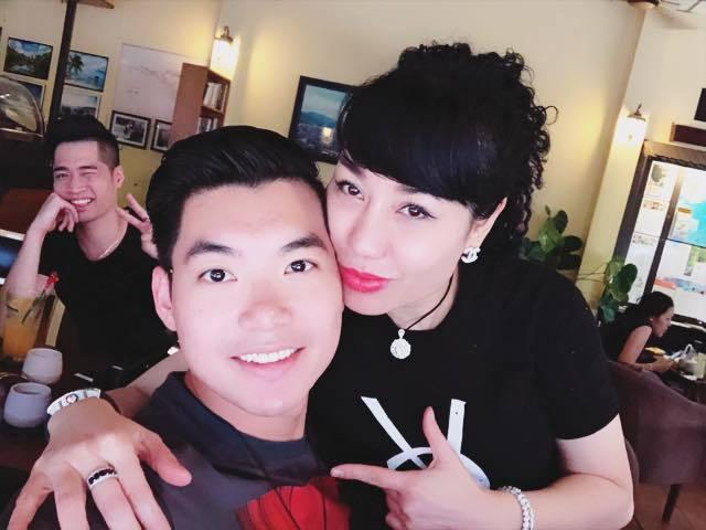 Vợ đại gia của Á vương Trương Nam Thành bức xúc khi bị đồn chảnh chọe, không chụp ảnh với khách trong ngày cưới-1