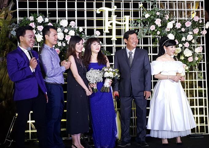 Vợ đại gia của Á vương Trương Nam Thành bức xúc khi bị đồn chảnh chọe, không chụp ảnh với khách trong ngày cưới-3