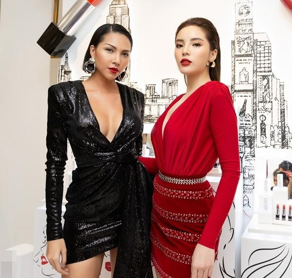 Hoa hậu Kỳ Duyên - người mẫu Minh Triệu bị phát hiện cùng đeo tín vật tình yêu chỉ các cặp tình nhân mới sử dụng-3