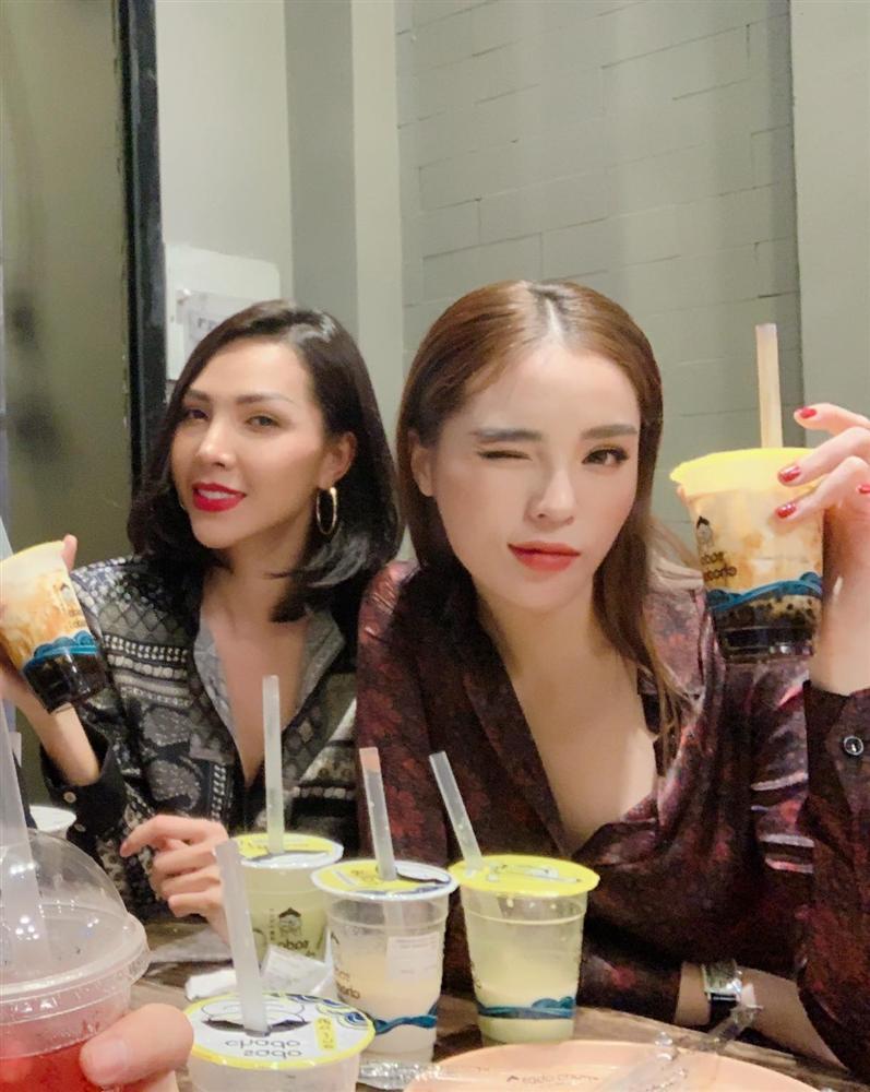 Hoa hậu Kỳ Duyên - người mẫu Minh Triệu bị phát hiện cùng đeo tín vật tình yêu chỉ các cặp tình nhân mới sử dụng-7