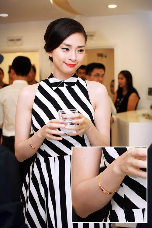 Hoa hậu Kỳ Duyên - người mẫu Minh Triệu bị phát hiện cùng đeo tín vật tình yêu chỉ các cặp tình nhân mới sử dụng-18