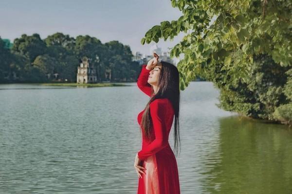 Sửng sốt với màn giả gái xuất sắc của BB Trần qua bộ ảnh áo dài tuyệt đẹp giữa lòng Hà Nội-5