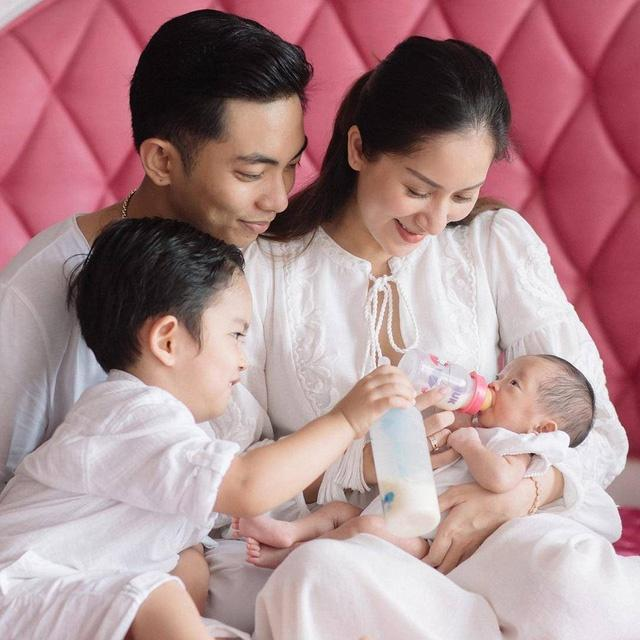 Bảng xếp hạng mẹ bỉm sữa 2018: Hot như Thu Thảo vẫn phải nhường ngôi cho Hồng Quế với loạt ồn ào đời tư-17