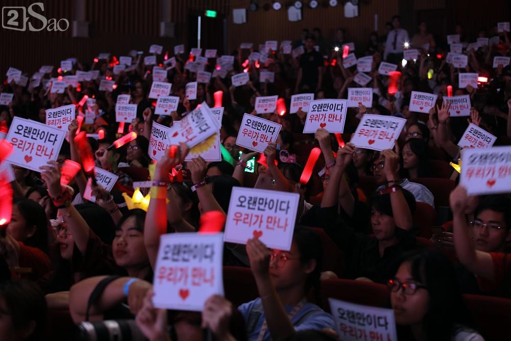 Jiyeon - Soobin song ca tình tứ, iKON hứa sẽ làm concert tại Việt Nam-5
