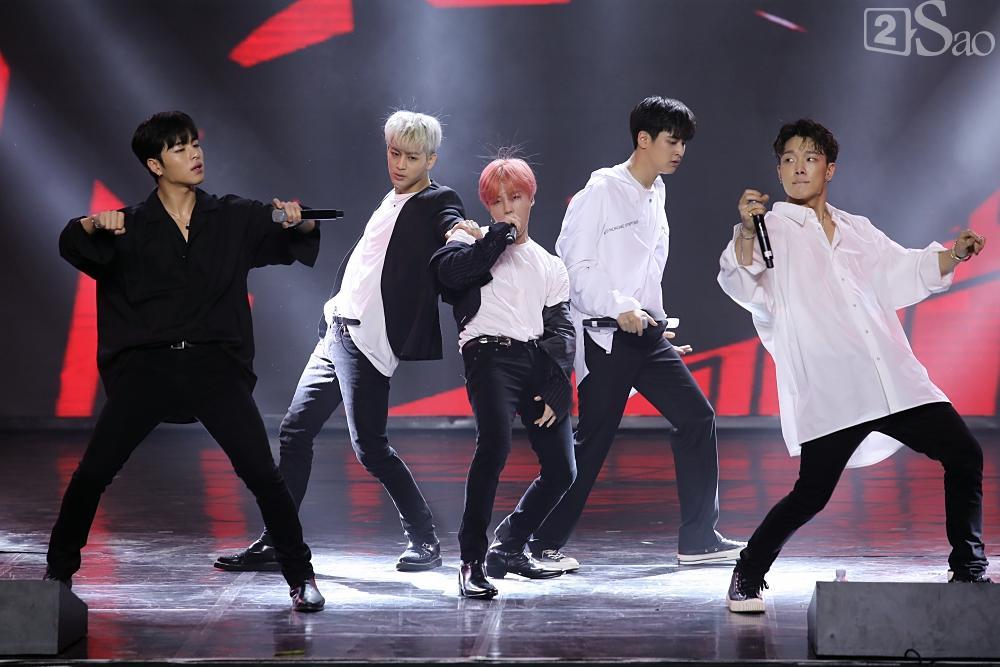 Jiyeon - Soobin song ca tình tứ, iKON hứa sẽ làm concert tại Việt Nam-8